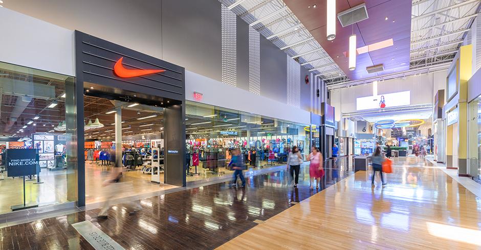 Nike Factory Store - Vaughan Mills, centre commercial outlet près de Toronto