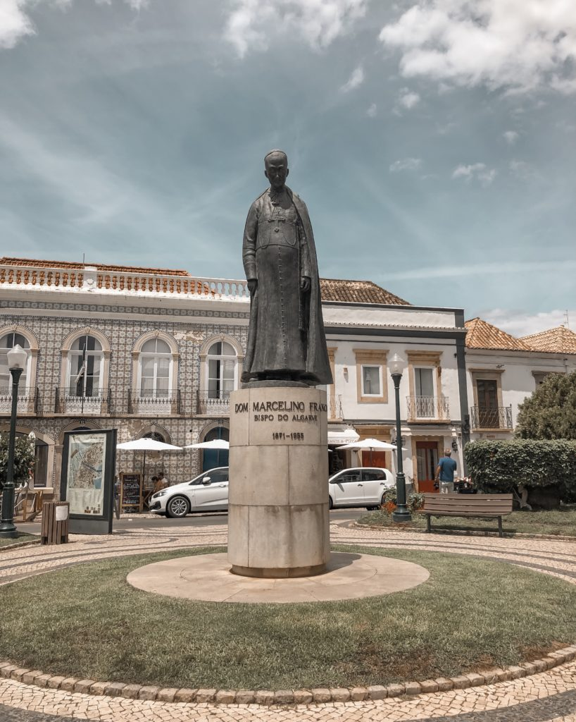 Visiter Tavira - City guide : jardim da alagoa