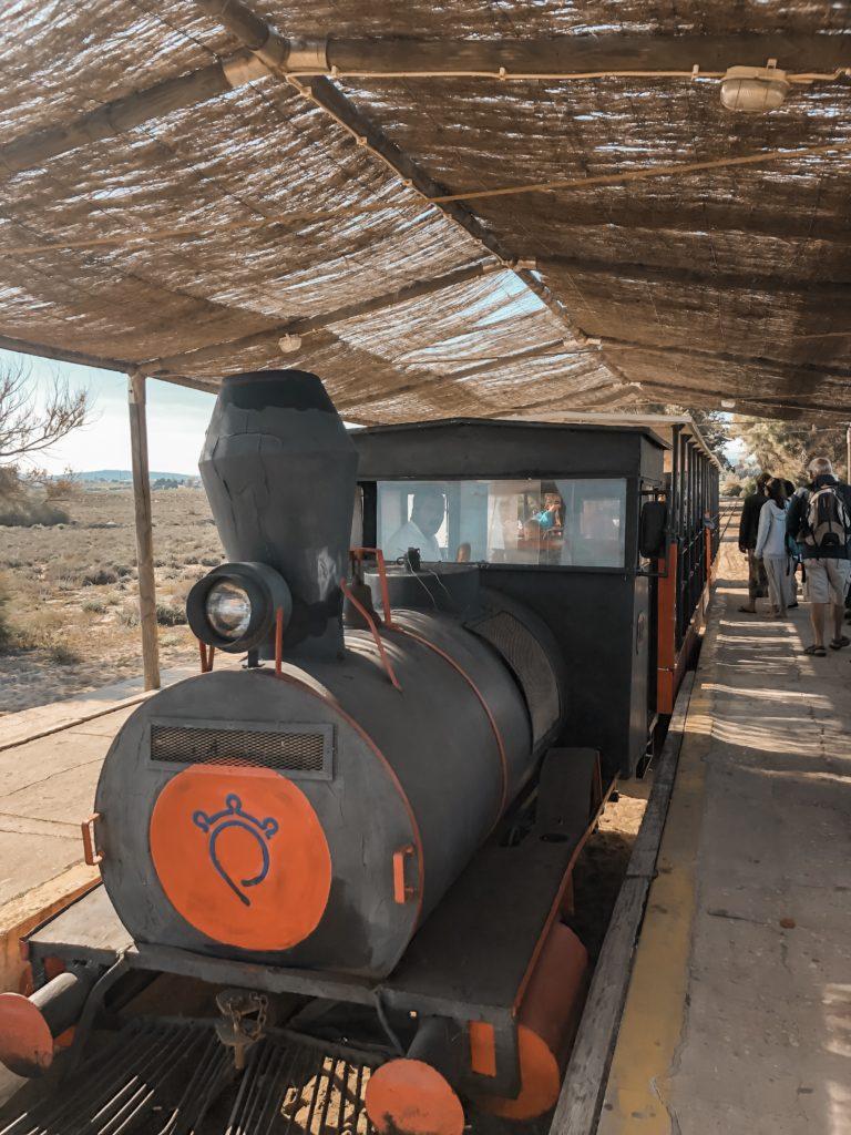 Petit train pour accéder à la Praia do Barril