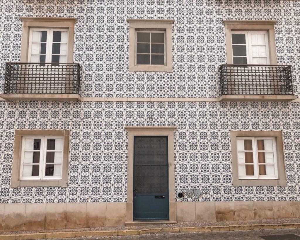 Visiter Tavira - City guide : azulejos