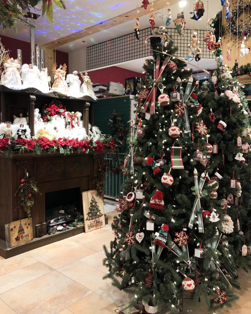 """Boutique """"Noël Eternel"""" à Montréal"""