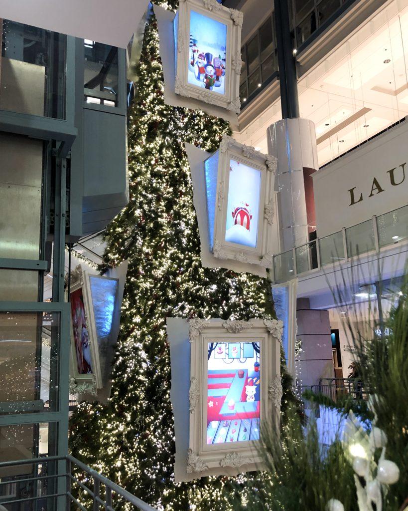Centre commercial Eaton à Montréal, décembre 2018