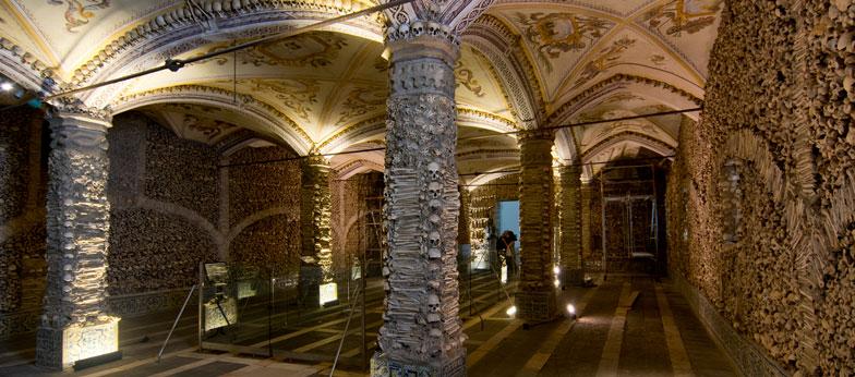 Visiter Evora en Alentejo - Chapelle des ossements