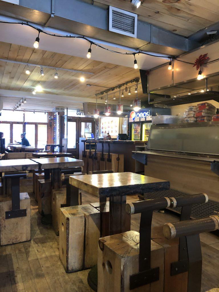 Intérieur du Snack Bar Saint Jean