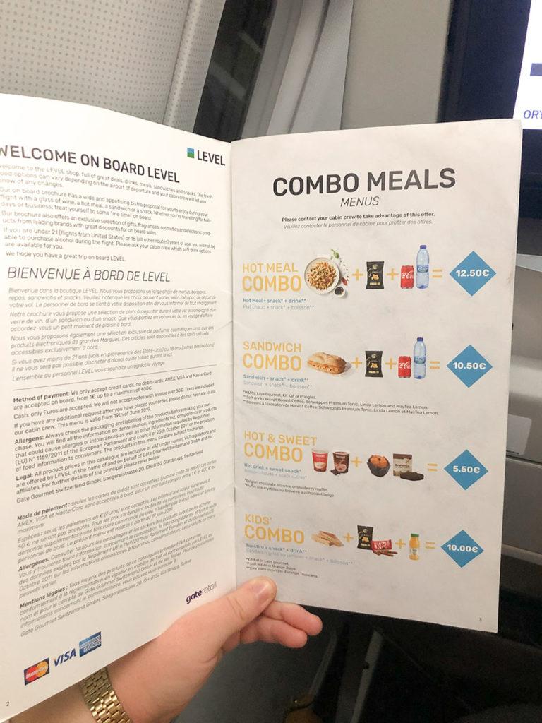 Menu de snacks et boissons (payant) de la compagnie Level - janvier 2020