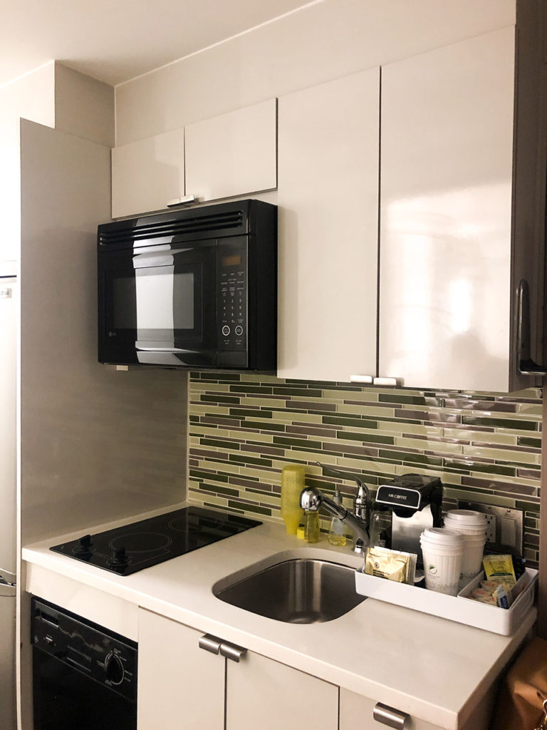 Kitchenette - Element Times Square West Hotel - New-York
