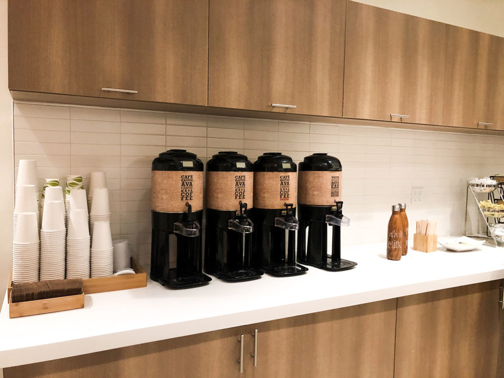 Salle du petit déjeuner - Element Times Square West Hotel - New-York